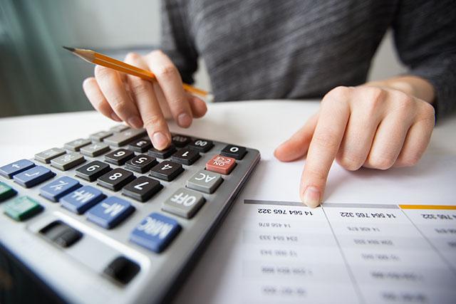 Identificação de Despesas e Custos