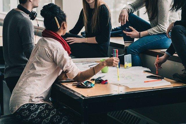 Como fazer reuniões criativas