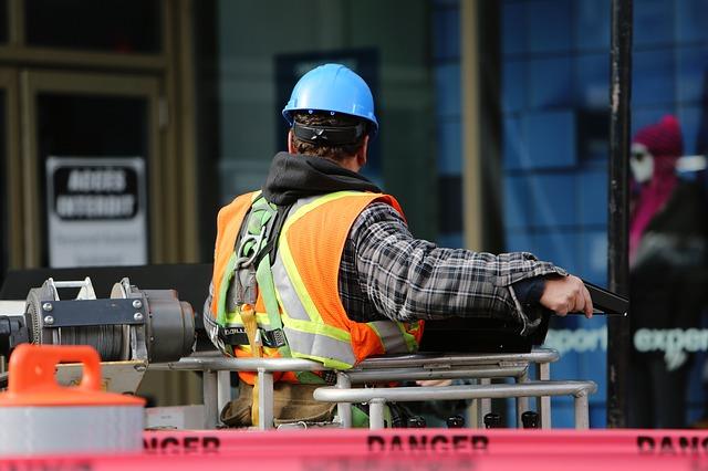 quase tudo depende da construção civil