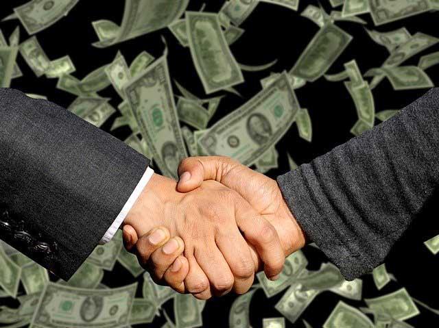 comerciais e bancários