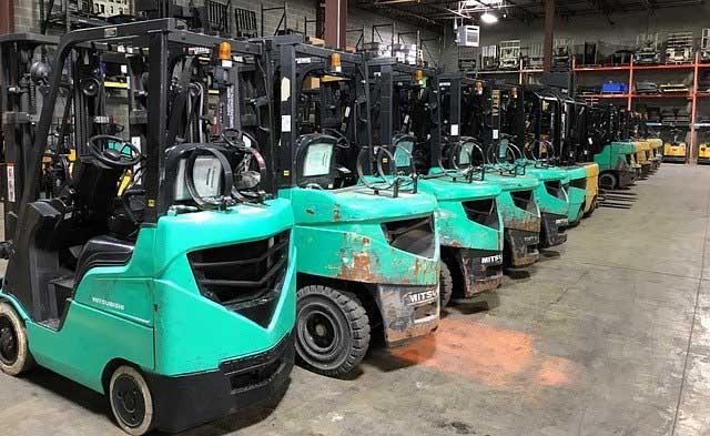 Equipamentos de Transporte Motorizados em Locais Fechados